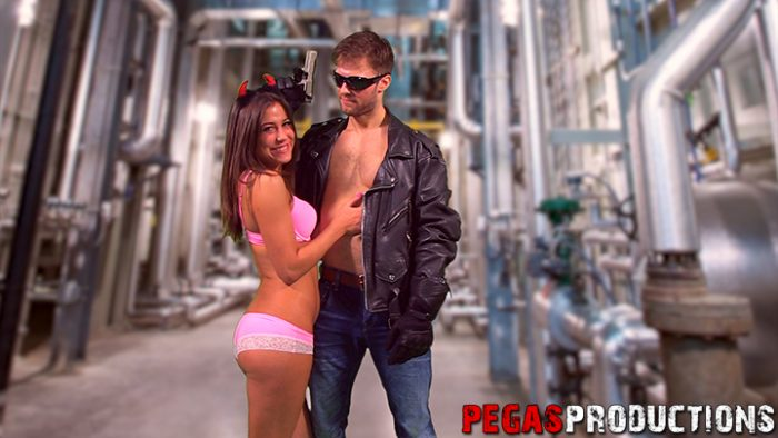 heidi-van-horny_23-gars_pegas-productions