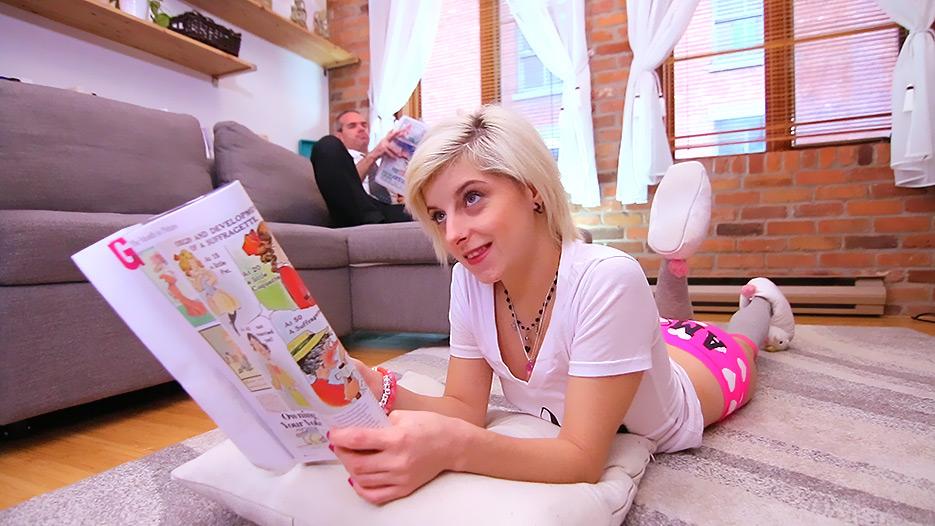 busty porno francaise salope blonde milf parcourt le pays sur la bite