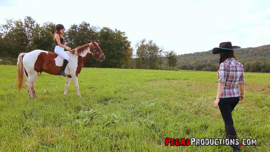 photo_cowgirl-cavaliere-palfrenier-amanda-leena-01