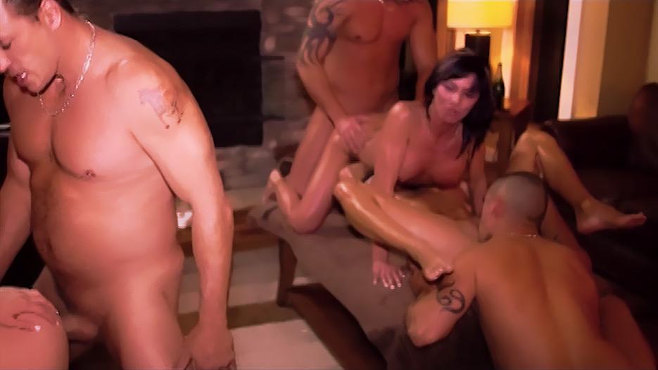 fines chiennes noires porno